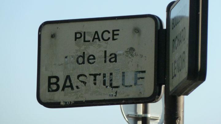 ISPIRAZIONI DI VIAGGIO – Percorrere Parigi pensando a Woody Allen